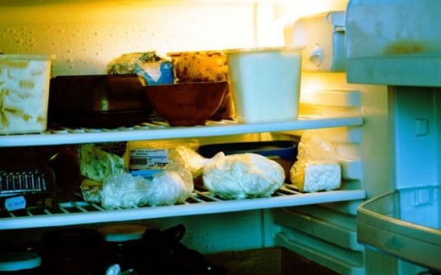 Запорожцы массово травятся испорченными продуктами Фото № 0