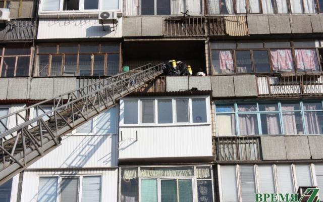 На Чаривной горела пятиэтажка Фото № 0