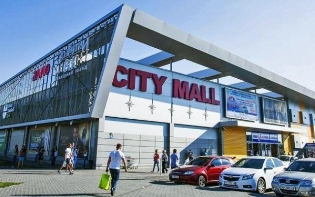 Минирование ТЦ «City mall»: эвакуируют посетителей (ВИДЕО) Фото № 0
