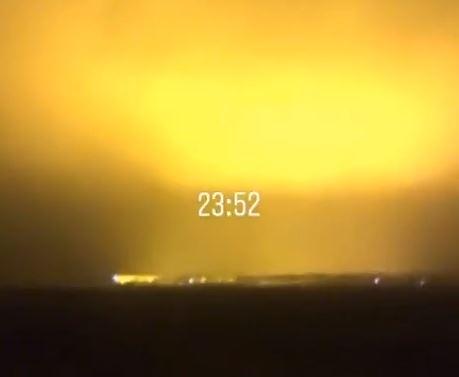 Непонятное свечение появилось ночью над Запорожской областью (ВИДЕО) Фото № 0