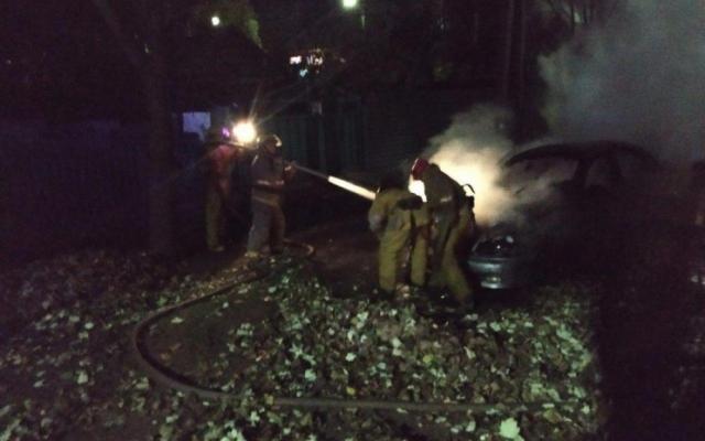 В Мелитополе под утро сгорел «Ланос» Фото № 0