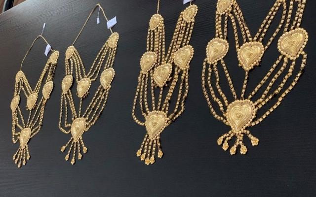 В запорожском аэропорту пассажир прятала золото в нижнее белье (ФОТО) Фото № 1