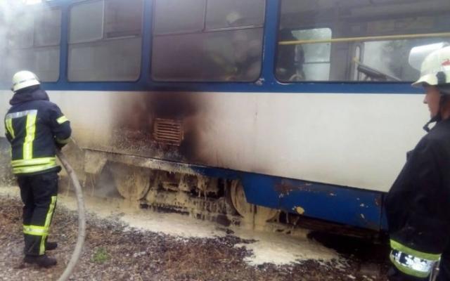 В Запорожье снова горят трамваи (ФОТО) Фото № 0