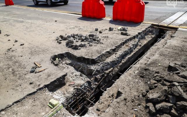 В Запорожье во время ремонта плотины нашли огромную трещину плиты (ФОТО) Фото № 2