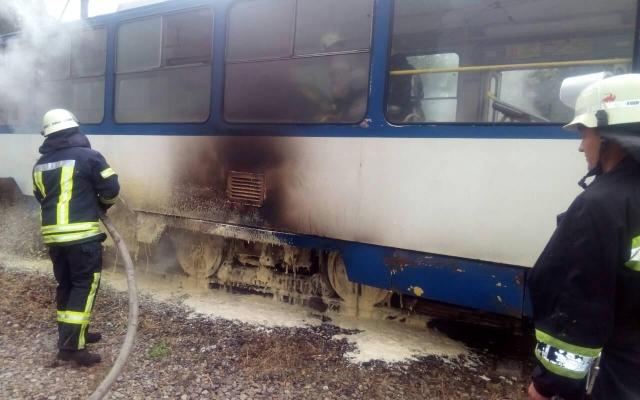 В Запорожье снова горят трамваи (ФОТО) Фото № 1