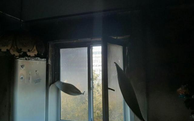 В Запорожье спасатели тушили кухню, жители квартиры отказались от госпитализации (ФОТО) Фото № 1