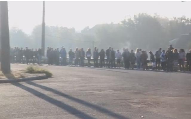 Недоброе утро: Запорожцы стоят в