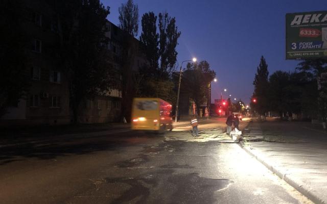 В Бердянске раздавали бесплатно зерно (ФОТО) Фото № 2