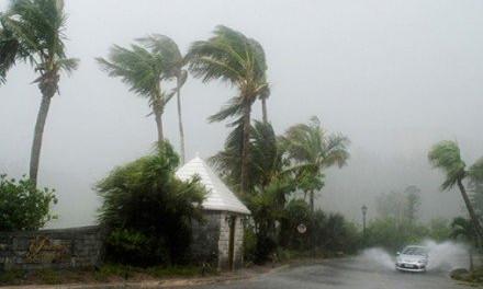 В Запорожье бушует непогода, но Бермудам еще хуже