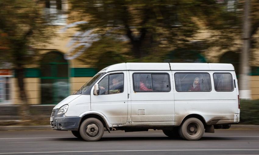 Соцсети: В Запорожье маршрутка сбила пешехода