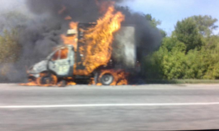 На запорожской трассе вновь горел грузовик