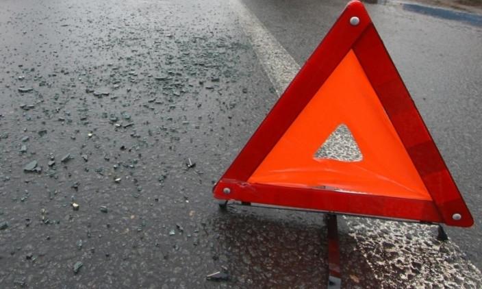 В Кирилловке водителя маршрутки вынимали из автобуса