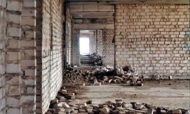 В Запорожье со здания сорвался подросток