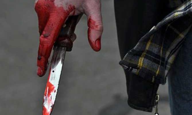 Житель Запорожской области получил удар ножом в собственном доме