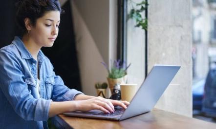 Фриланс по-украински: в каких городах работают и хорошо зарабатывают специалисты онлайн