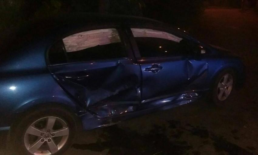 """ДТП в Запорожье: столкнулись """"Ланос"""" и """"Хонда"""", есть пострадавшие"""